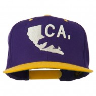 3D California Map Bear Embroidered Two Tone Snapback Cap - Purple Gold