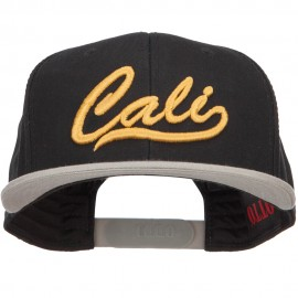3D Cali Embroidered Two Tone Snapback Cap